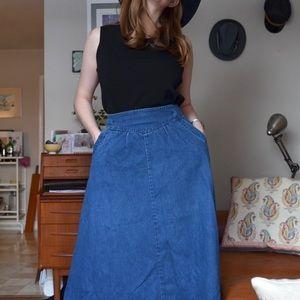 The 80's Vintage Denim Skirt